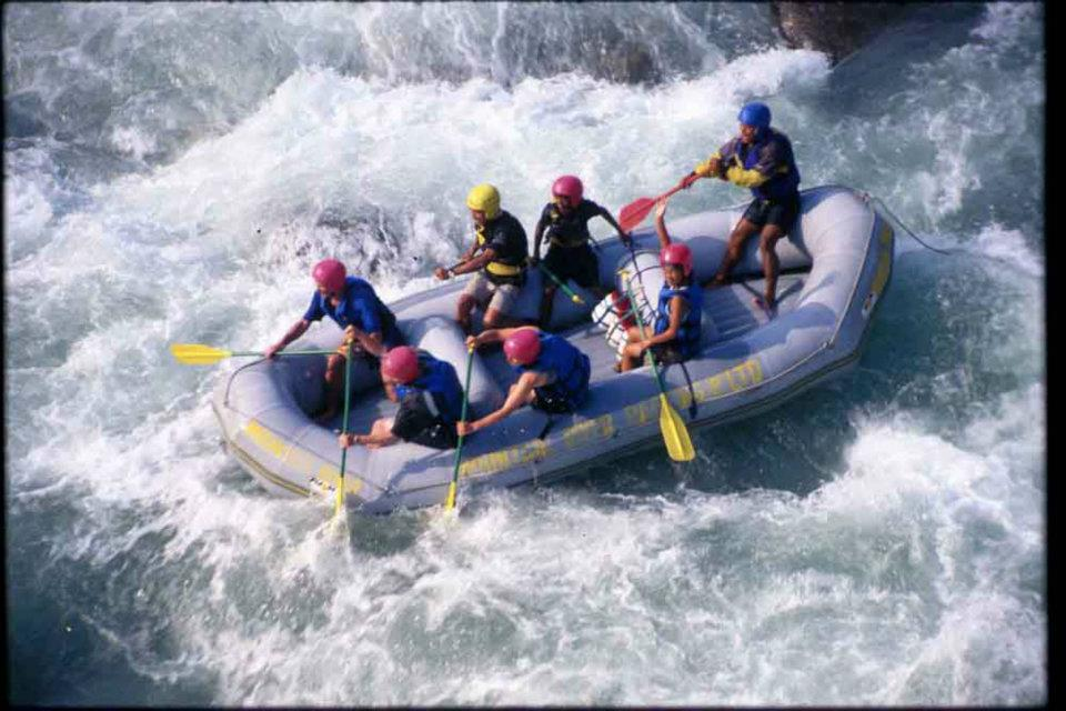 season for rafting in nepal