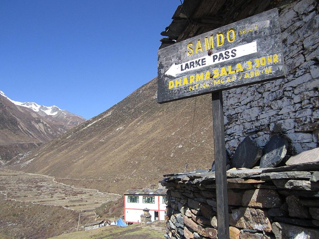 Larke Pass Manaslu