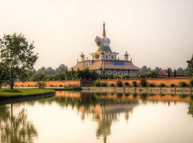 Lotus-stupa