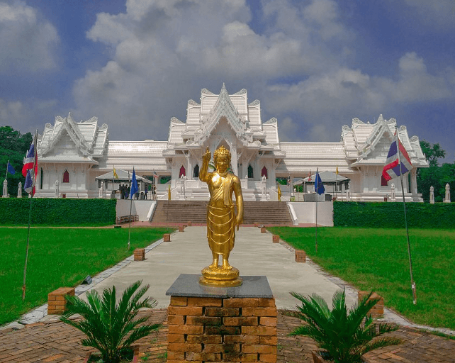Royal-thai-buddhist-monastery